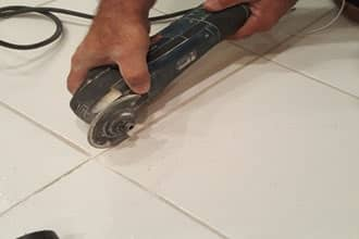 regrouting-grout-removal-beverly-glen