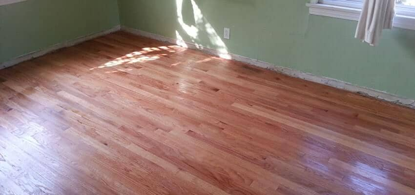 wood-floor-staining-reseda
